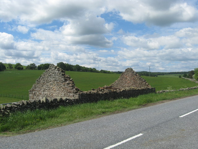 Ruined building near Doorpool