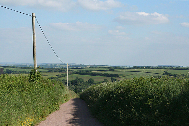 Stoodleigh: lane to by Whitnole Cross