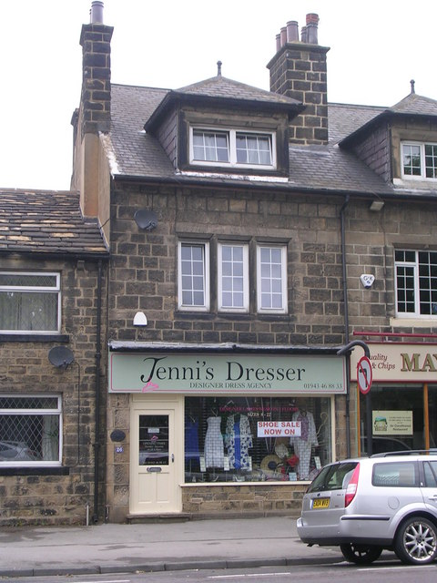Jenni's Dresser - Cross Green