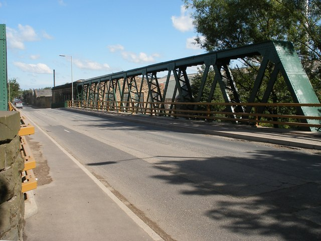Bridge over the river near Ravensthorpe Station