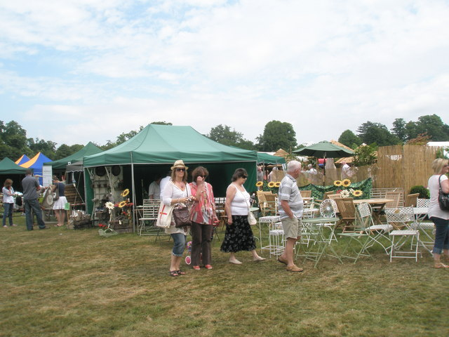 2010 Stansted House Garden Show (54)