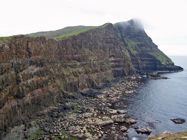 Cliffs towards Gob na Hoe