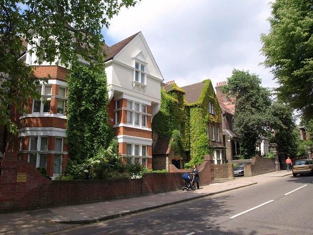 Fitzjohn's Avenue, Hampstead