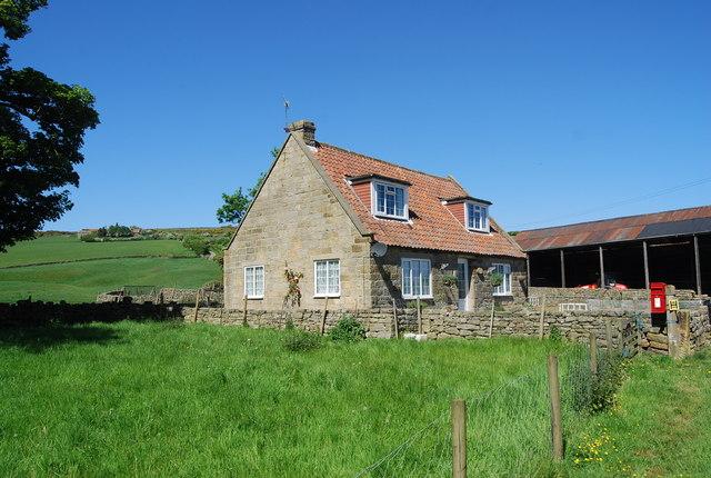 Farm cottage, Fyling Old Hall Farm