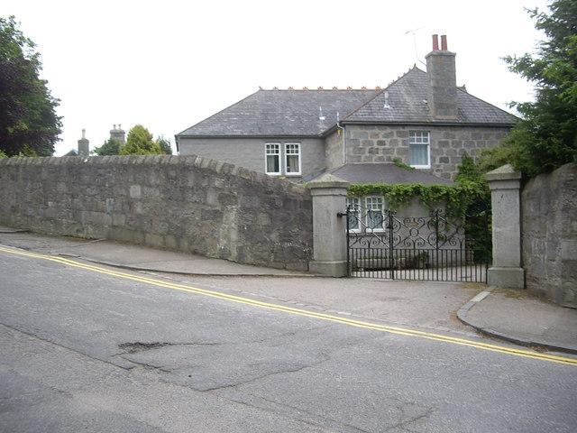 Gated entrance on Rubislaw Park Road
