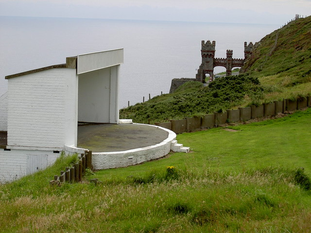 Amphitheatre stage and Marine Drive arch