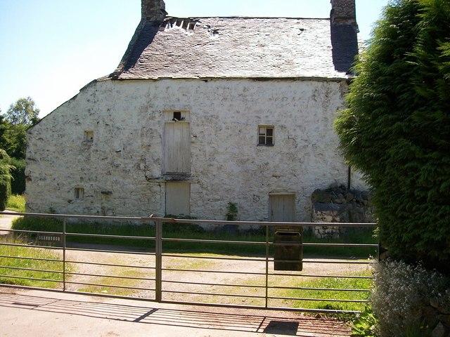 Old farmhouse at Llannerch