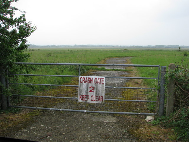 Emergency access gate for  Weston-on-the-Green airfield