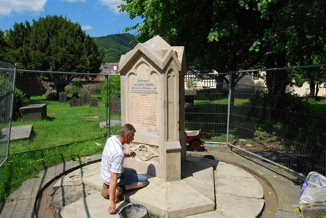 "Refurbishment of the tomb of ""The Ladies of Llangollen"""