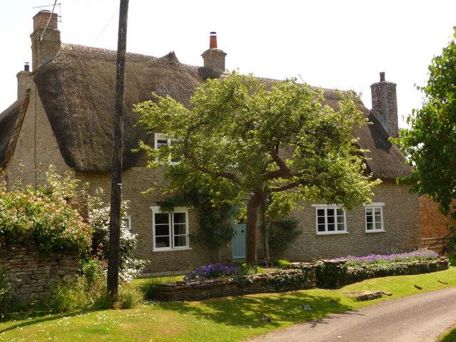 Stalbridge Weston: a thatched cottage