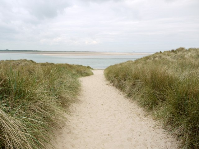 Path through the dunes from Heather Cottages