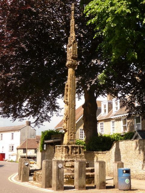 Stalbridge: market cross