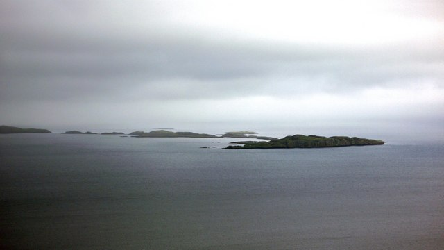 South Ascrib - Ascrib Islands - from Score Horan cliffs