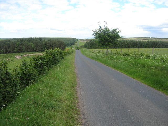 Minor road below Stotfield Hill