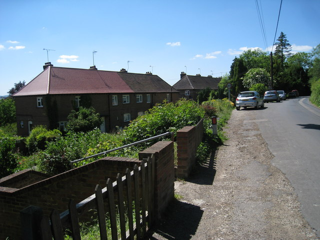 Houses on Pilgrims Way