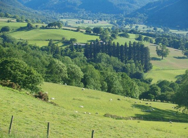 Dyffryn Conwy o Fwlch y Gwynt / Conwy Valley from Bwlch y Gwynt