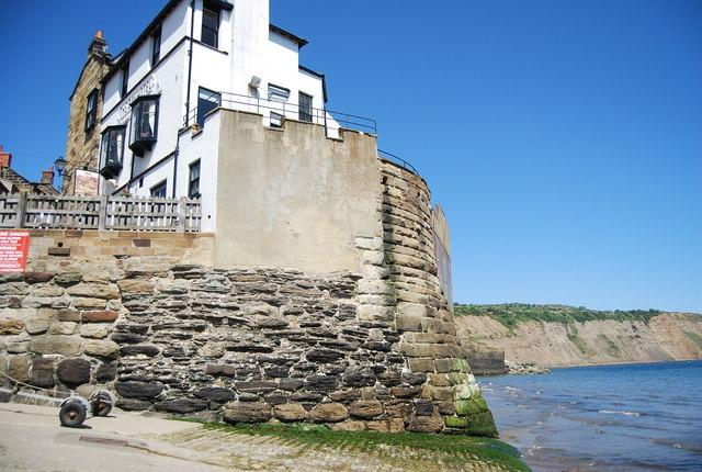 Sea wall, Robin Hood's Bay