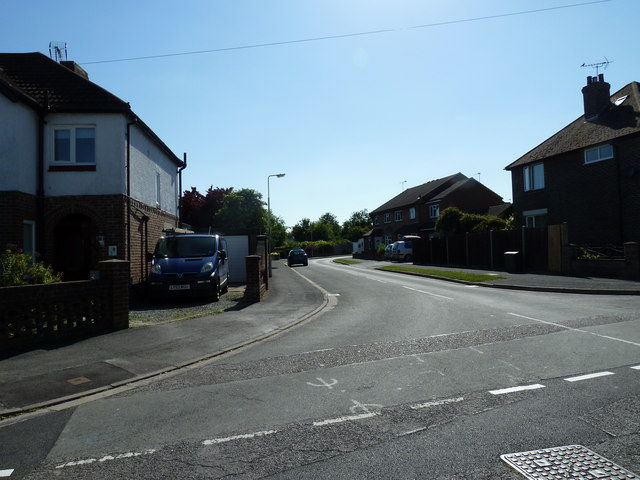 Looking from Alsford Road into Crofton Close