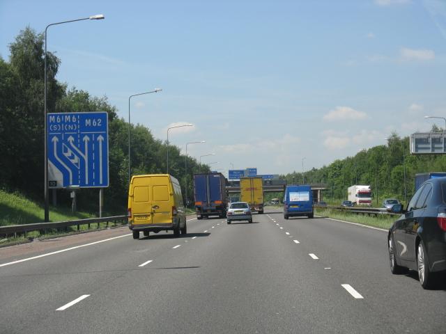 M62 motorway approaching Croft Interchange (westbound)