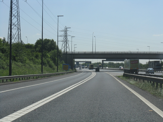 M6 motorway - M62 sliproad approaching the A574 overbridge