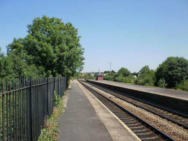 Long platforms at Cadoxton Railway Station