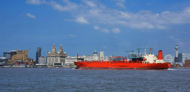 Traffic on the Mersey