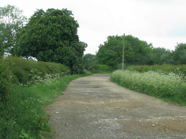 Farm track north of Worminghall