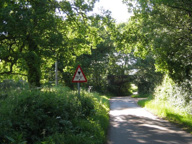 Railway bridge over Pinley Road