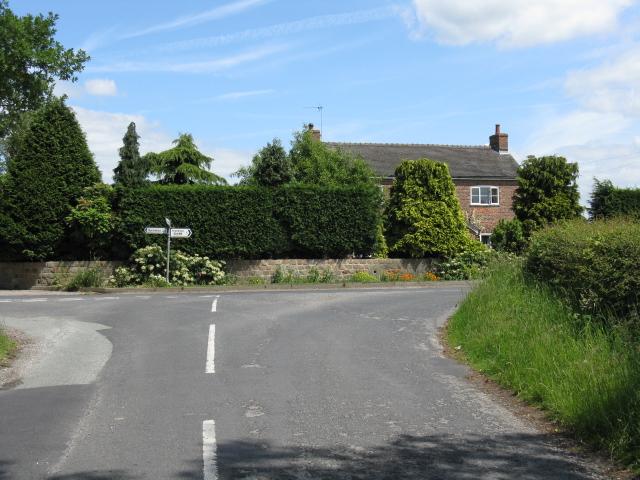 Pewit Farm from Wards Lane