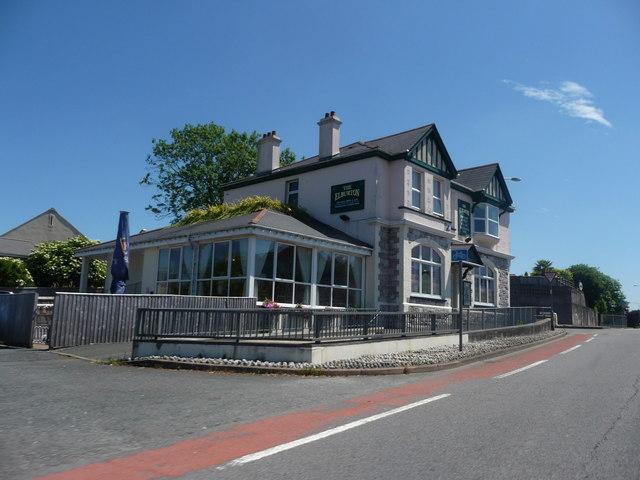 Plymouth : Elburton  - The Elburton Public House