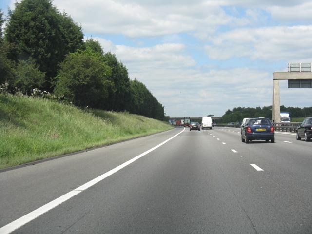 M6 motorway north of Byley Lane bridge