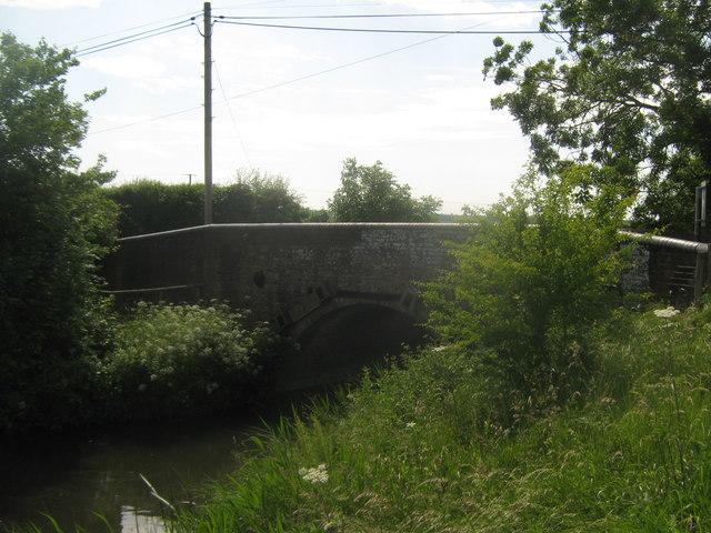 Appledore Road bridge over the Reading Sewer