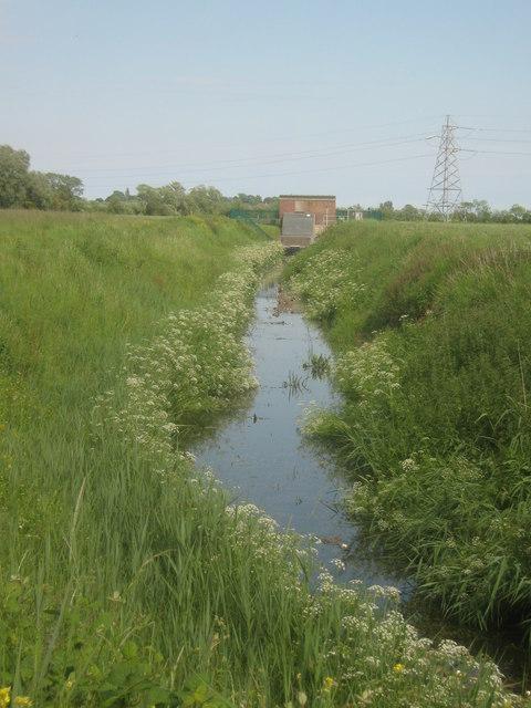 Dyke flowing towards the Ebony Pumping Station