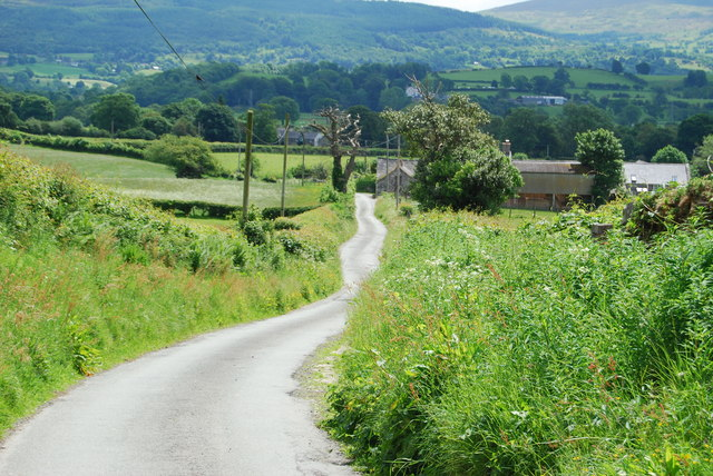 View down the lane towards Rhyd-y-fen