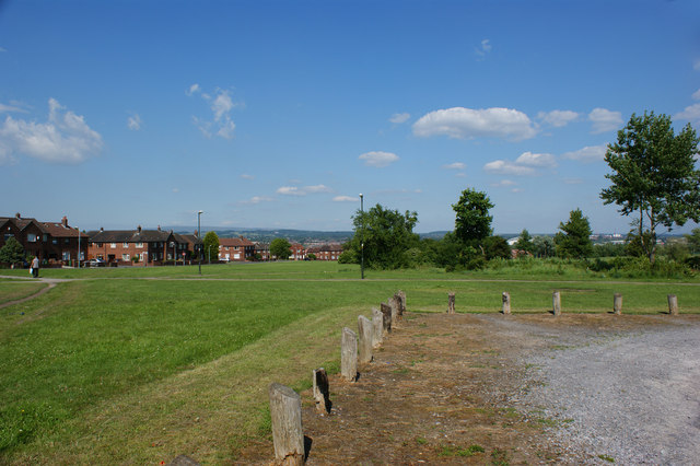 Open space by Selkirk Grove
