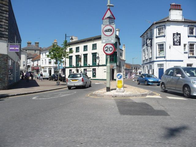 Kingsbridge : Fore Street & Bridge Street