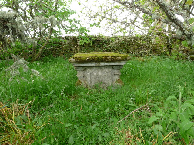 Tomb within the burial ground by the Burn of Houstry