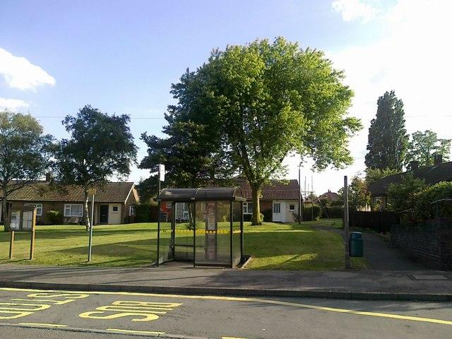 Bus stop on Hawthorne Avenue, Borrowash
