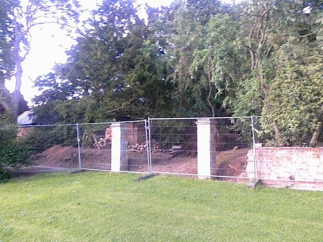 Wall repairs in Ockbrook