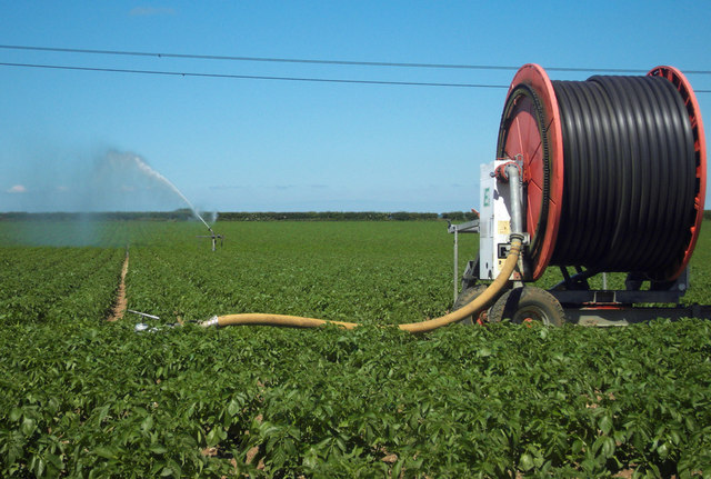 Irrigation on Horkstow Wolds