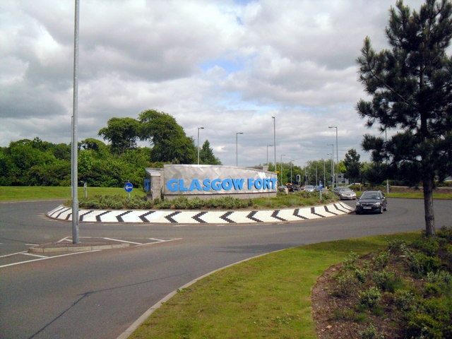 Glasgow Fort Roundabout, Glasgow