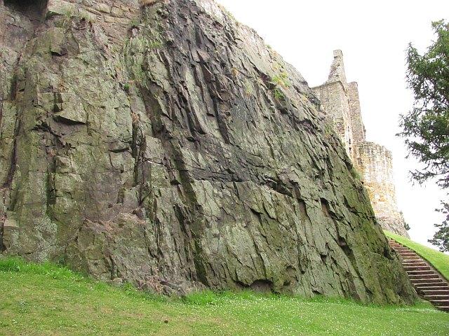 Crag, Dirleton Castle
