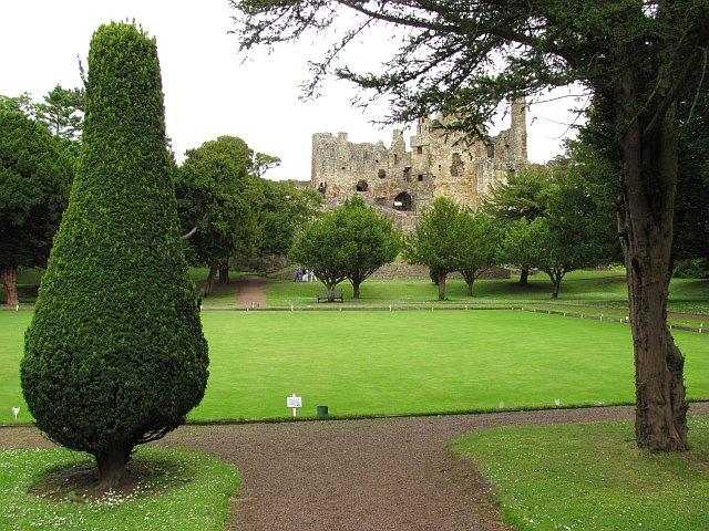 Bowling Green, Dirleton Castle