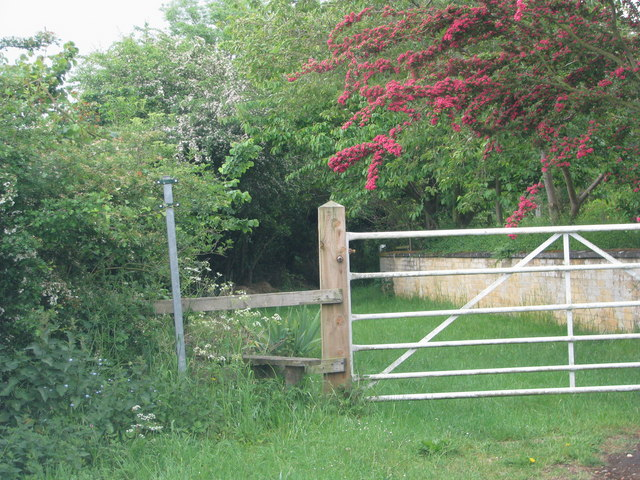 Footpath to Water Eaton