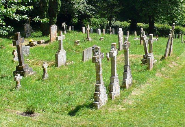 Churchyard, Compton Abbas