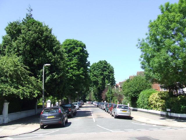 Walpole Gardens, Twickenham
