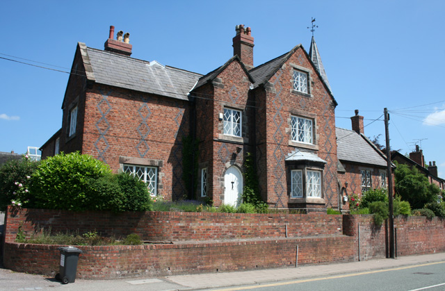 Former Grammar School & Headmaster's House, 108 Welsh Row