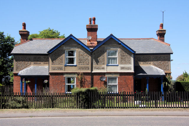 July Cottages, Barbara Stradbroke Avenue, Newmarket