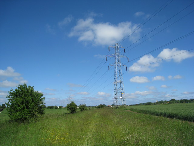 Pylon in the Hundreds at Croft