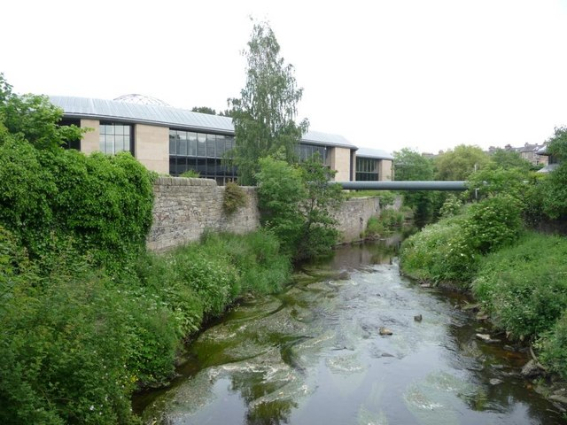 Water of Leith and Tanfield House